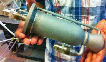 A 3D-printed engine designed by the UC San Diego chapter of Students for the Exploration and Development of Space. (Photo: UCSD Jacobs School of Engineering)