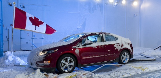 Available to rent on an hourly basis, the climactic wind tunnel at UOIT's Automotive Centre of Excellence generates wind speeds beyond 240 kph and temperatures down to -40°C.