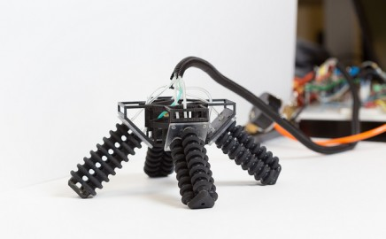 3D printed robot walking