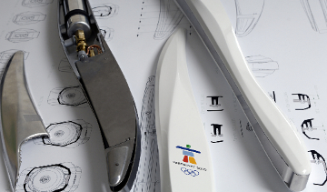 12-nov-Axis-olympic-torch-prototype-360