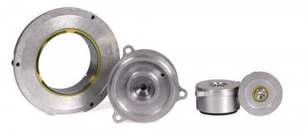 Inductive rotary encoders in plastics processing